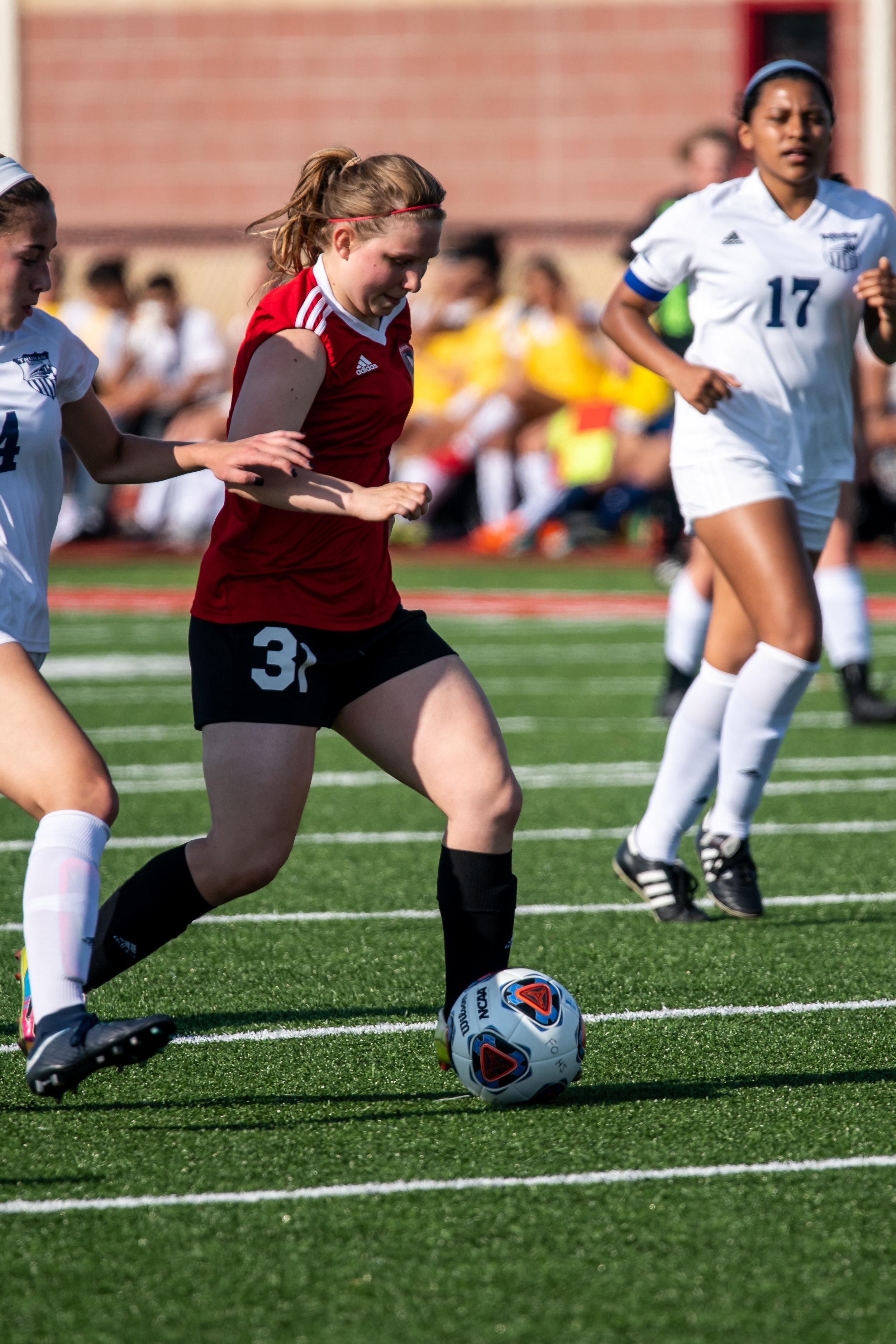 fort-osage-girls-soccer-vs-truman_32910771457_o.jpg