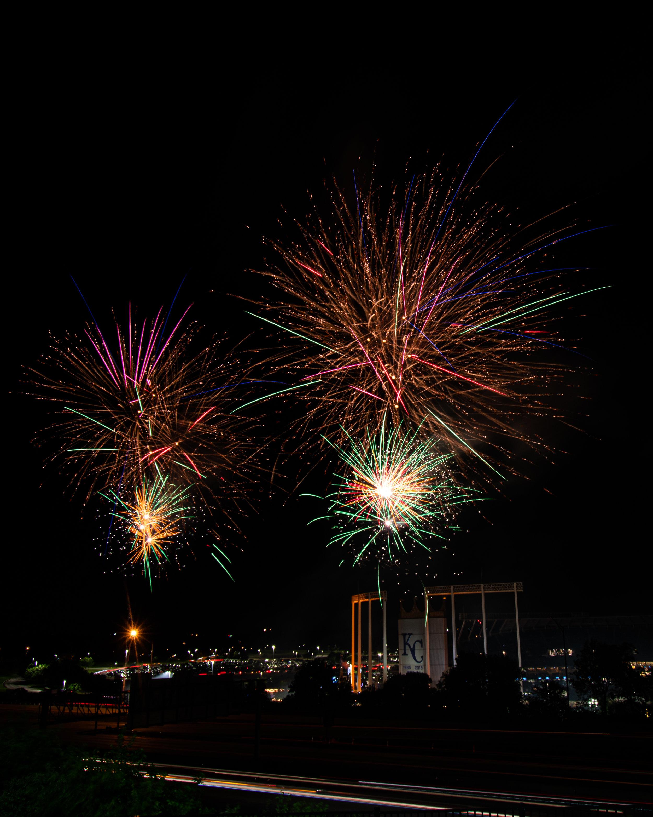firework-friday-47-of-51_48108385907_o.jpg