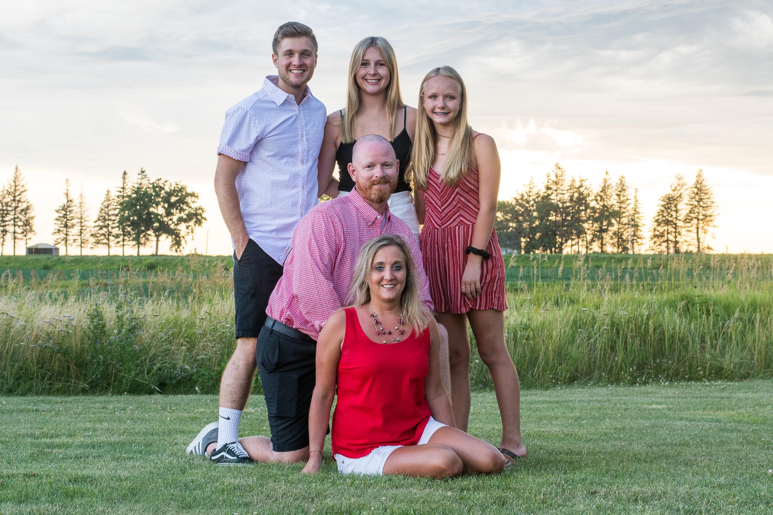 Hinckley Harlan Family Portraits 2019 (15 of 68).jpg