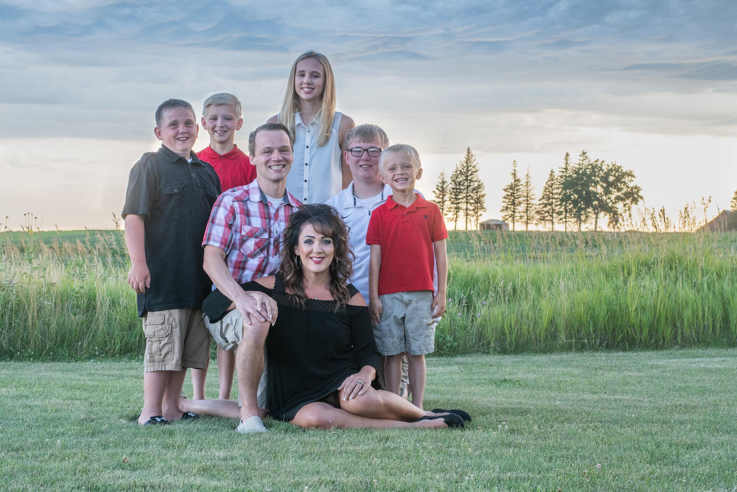 Hinckley Harlan Family Portraits 2019 (31 of 68).jpg