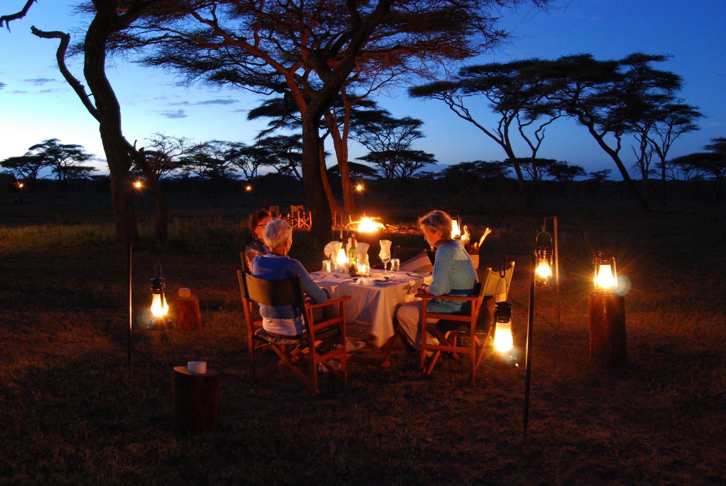 Privtae dinning under the stars.JPG
