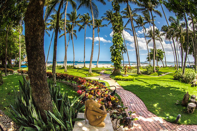 Enchanting view of the Pacific from your beachside hotel.   Meals: B   L   D