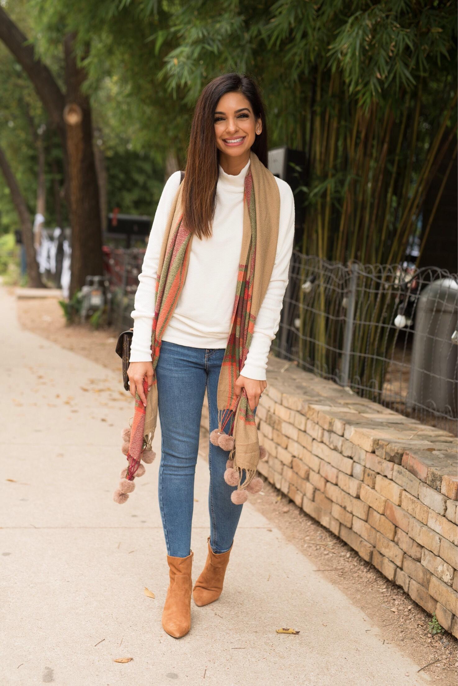 IvorySweater.JPG