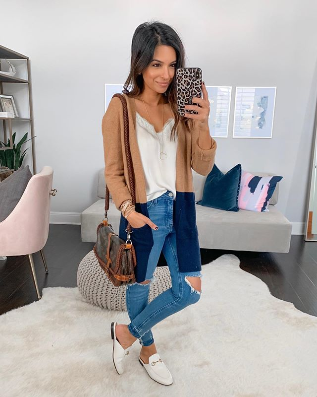 Literally couldn't be more ready for Friday to be here, and hoping we are all healthy by then 🙏🏽 Shared a quick office tour since it was pretty clean today and linked up what I could for y'all! // My new cardigan is 25% off with code PUMPKINSPICE and I found my cami fully stocked 🙌🏽 http://liketk.it/2F59s @liketoknow.it #liketkit #LTKstyletip #LTKunder100 #LTKsalealert #LTKshoecrush