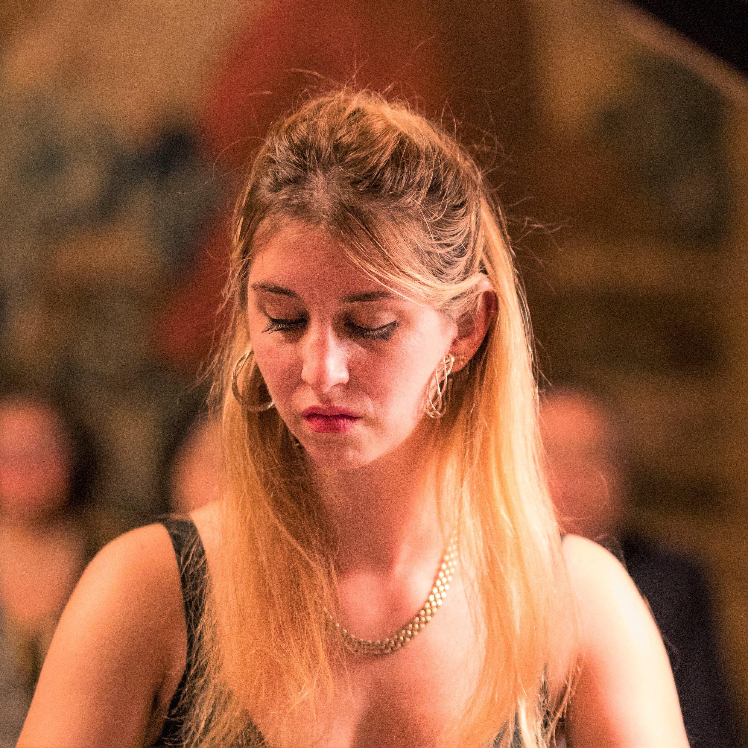Celia Oneto-Bensaid ('18)