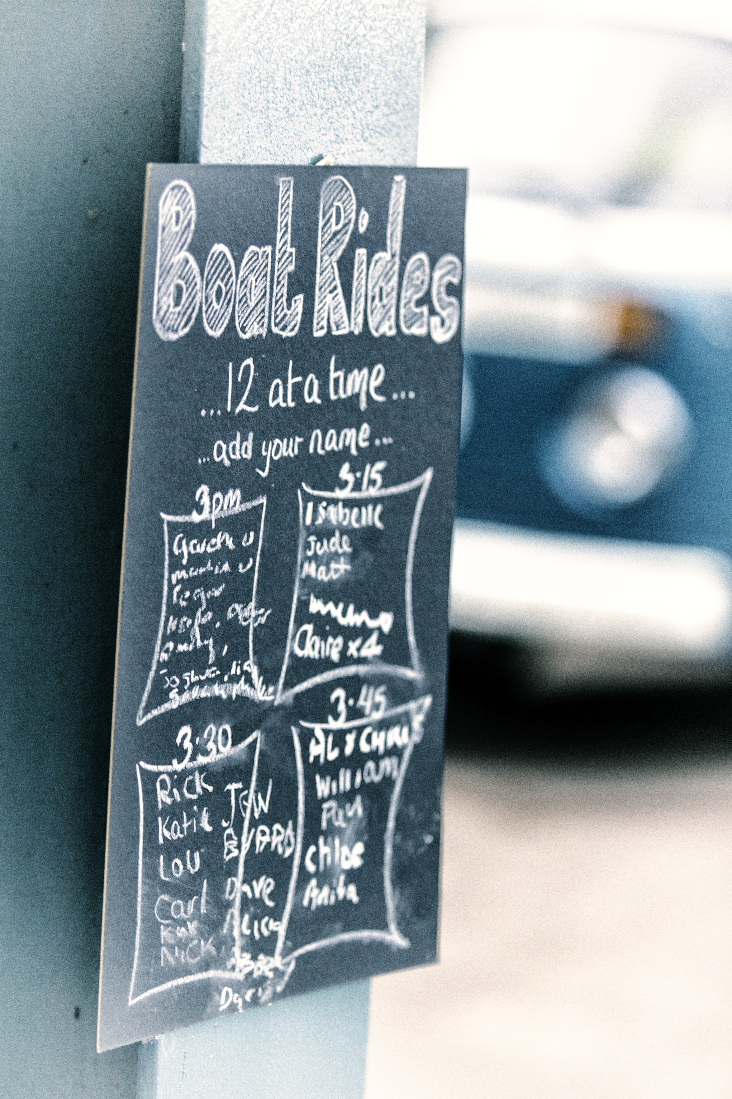 boat_rides_sign