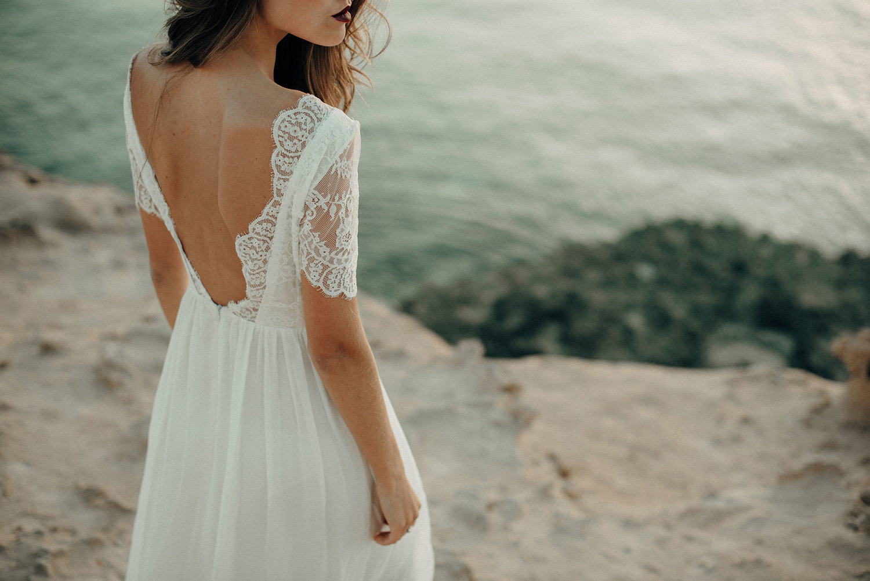 Luna Bride - Simple, organic, luxury