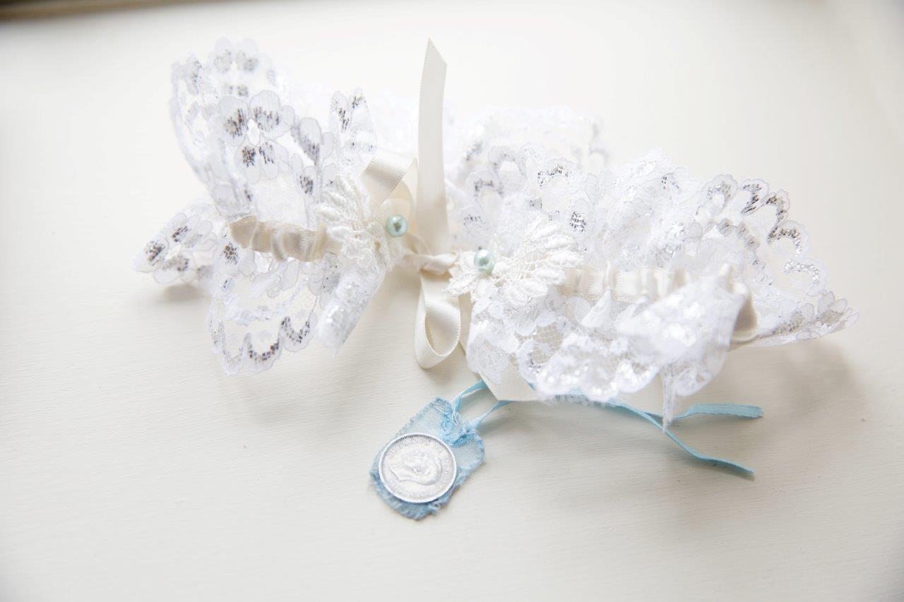 Lace garter.jpg