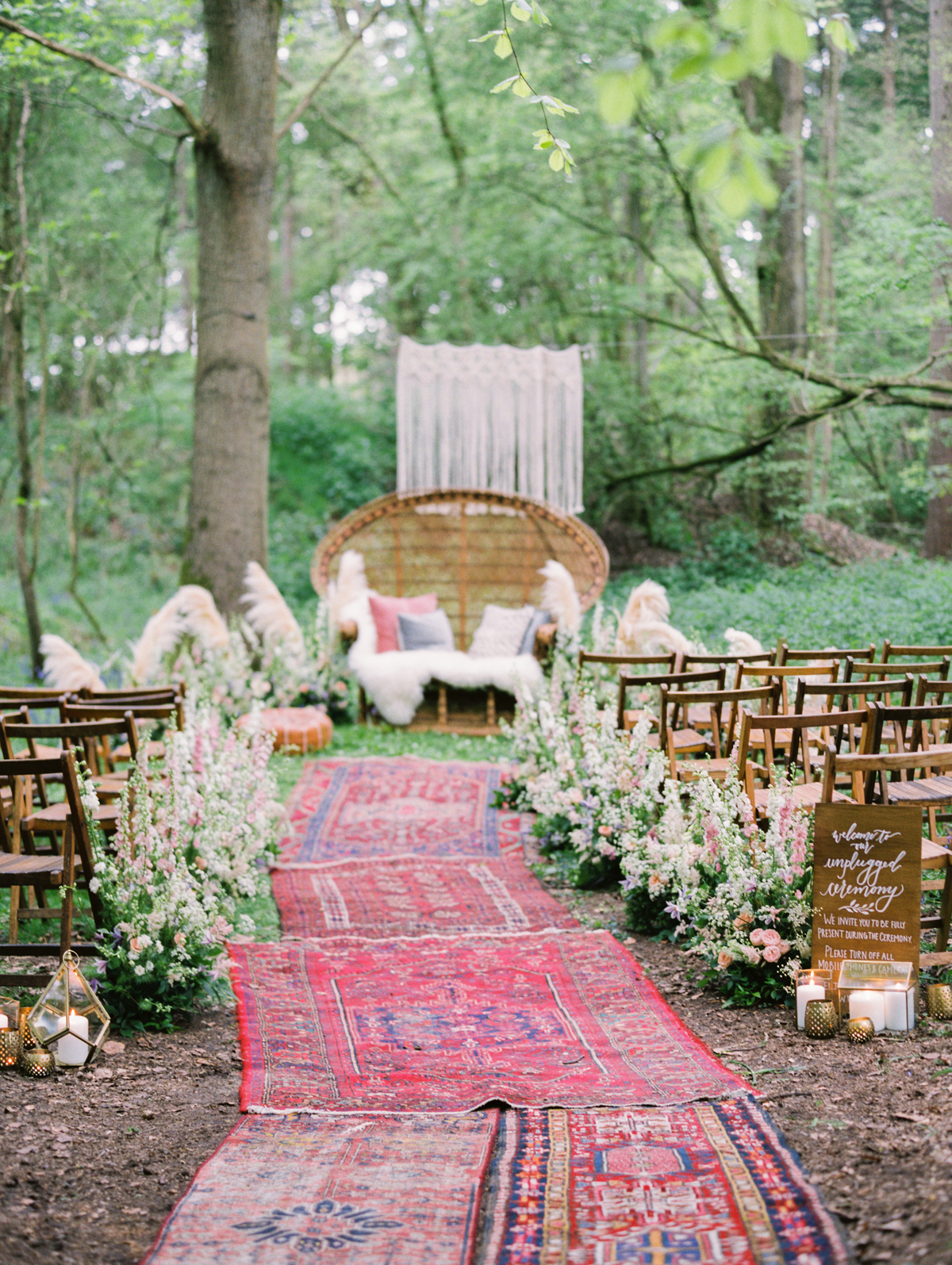 This image is from a styled shoot at Greenacres (eco friendly venue!) featured on  Love my Dress