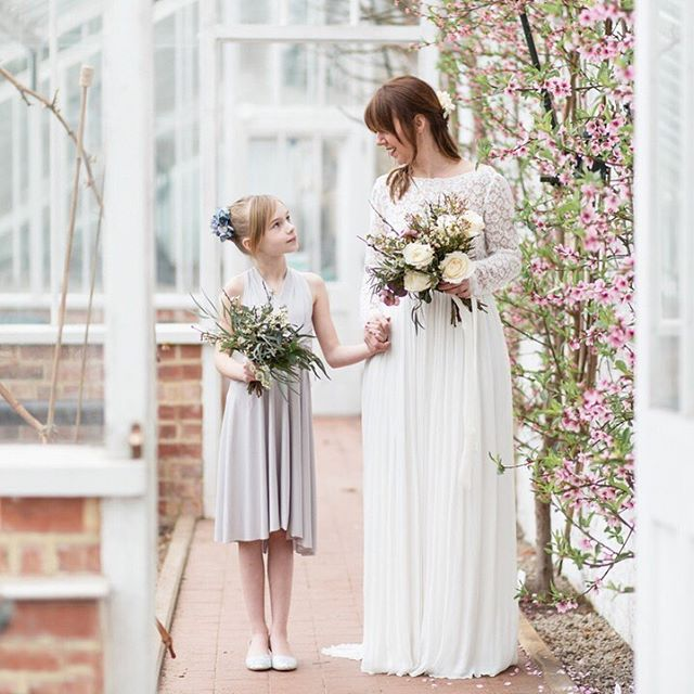 If you are looking for romanance at your wedding then @charlottepalazzophoto and @smokebushfloral are your perfect northwest combo. Natural light photography and beautiful English foliage and blooms both in a relaxed way. Find these two and more on our directory- we love list #consciousbride #ecobride #ethicalwedding #ethicalbride #indiebride #shopethicalinstead #naturalbride #ecowedding #coolbride #stylishbride #modernbride #bridetobe #greenwedding #shopsmall #madeinbritain #handmadewithlove #bohobride #bohemianwedding #ethicalfashion #ecoweddinginspiration #bridesmaids #sustainablefashion #sustainablebride #sustainablewedding #ecowedding #indiewedding #naturalbride #naturalwedding