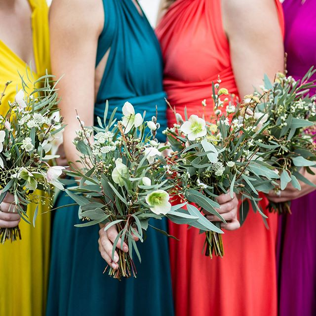 Brights and greens, what will your bridesmaids be wearing? I offer sustainable soft jersey multi-way dresses in a wide variety of colours, check them out :) pic @charlottepalazzophotography and blooms by @smokebushfloral #consciousbride #ecobride #ethicalwedding #ethicalbride #indiebride #shopethicalinstead #naturalbride #ecowedding #coolbride #stylishbride #modernbride #bridetobe #greenwedding #shopsmall #madeinbritain #handmadewithlove #bohobride #bohemianwedding #ethicalfashion #ecoweddinginspiration #bridesmaids #sustainablefashion #sustainablebride #sustainablewedding #ecowedding #indiewedding #naturalbride #naturalwedding