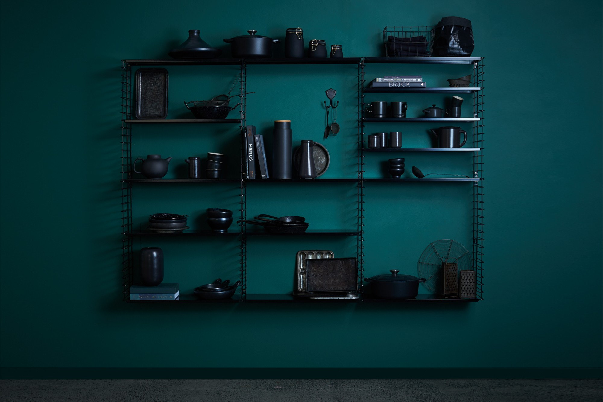 tomado-wall-shelves-black.jpg