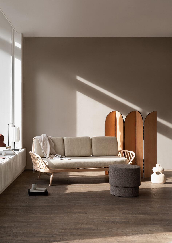 Ercol 'Model 355' Studio Sofa by Lucian Ercolani designed 1957 Image Credit: Ercol