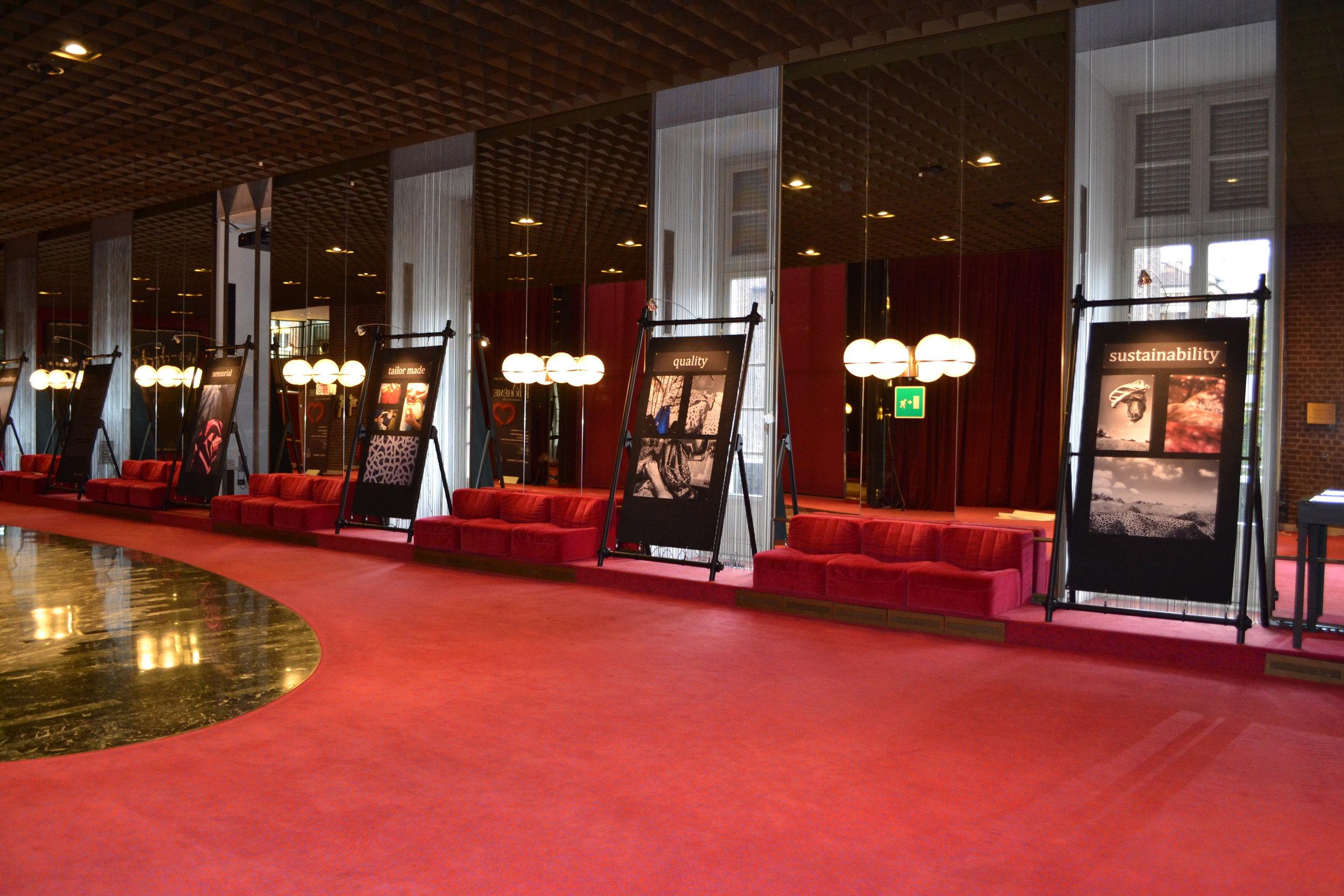 Alcantara_exhibition_Foyer_Teatro_Regio.JPG