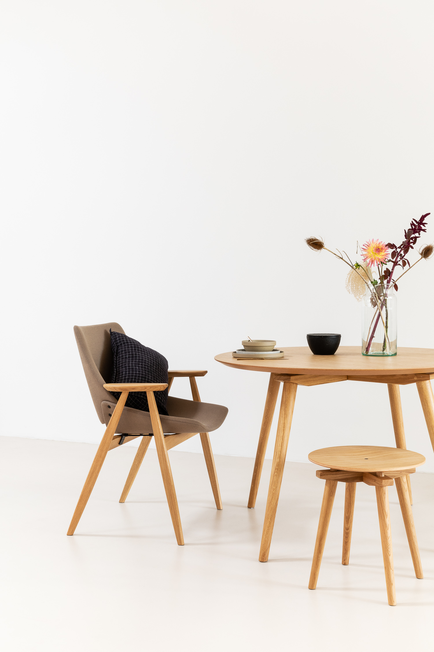 Rex Kralj 'Round CC' Table, 'Low CC' Stool, and 'Shell' Lounge Armchair with Wooden Frame