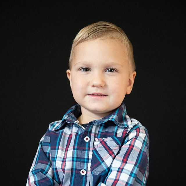 Parents, I need your help...⁠⠀ ⁠⠀ I've heard from a lot of you that you'd like to have access to better school portraits.  Since I can't get into every school to take portraits, I'm considering setting up a studio day where parents can bring in their children for boutique school portraits.  My question to you is...who would be interested in this?  Is this something that you'd find 10-15 minutes for? ⁠⠀ ⁠⠀ Let me know your thoughts.⁠⠀ ⁠⠀ #schoolphotoswithpersonality #schoolportraits #meganvitucciphotography #boutiqueschoolportraits #parkercoloradophotographer # #thatsdarling #schoolpictures #schooled #fineart #getschooled #homeschooling #backtoschool #denverphotographer #castlerockphotography #coloradophotography #coloradoschoolphotographer #fineartschoolportraits #stuidioday #studioportraits #naturallightphotographer