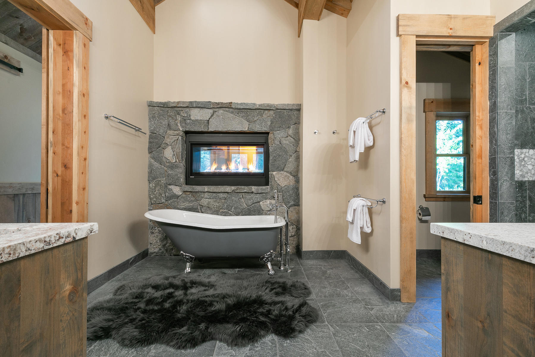 2110 Eagle Feather Court Big-029-44-Master Bathroom-MLS_Size.jpg