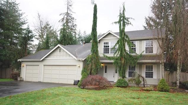 26325 NE 54th Place, Redmond | $660,000