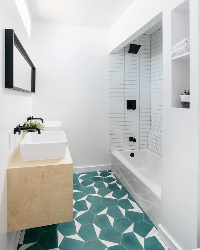 Here to wish you a colorful #tiletuesday, featuring one of our favorite designs from @cletile ⭐️ #tileinspo #floortiles #bathroomtile #moderndesign #westadams #southla #turquoise #homedesign #remodel #renovate #milkshakelosangeles