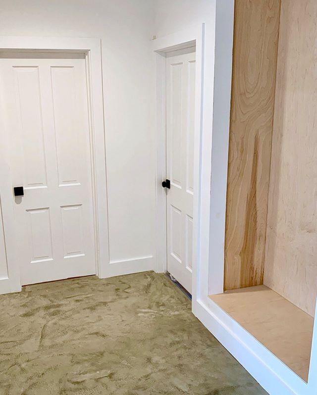 Door number one or door number two? Coming soon for sale! #workinprogress #notfinished #concretefloors #blackandwhite #naturalwood #viewpark #westadams #southla #playavista #venice #culvercity #modernhome #milkshakelosangeles