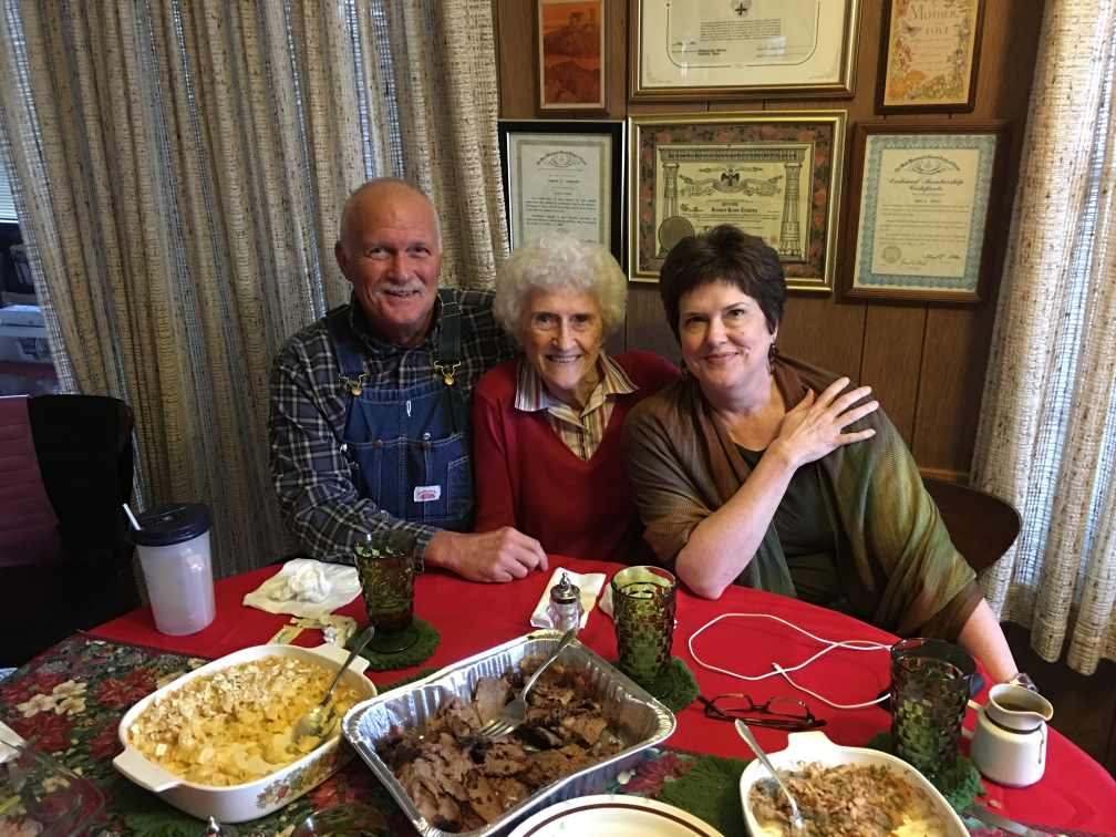 Julie with her mom and brother, Gun Barrel City, TX (2015)