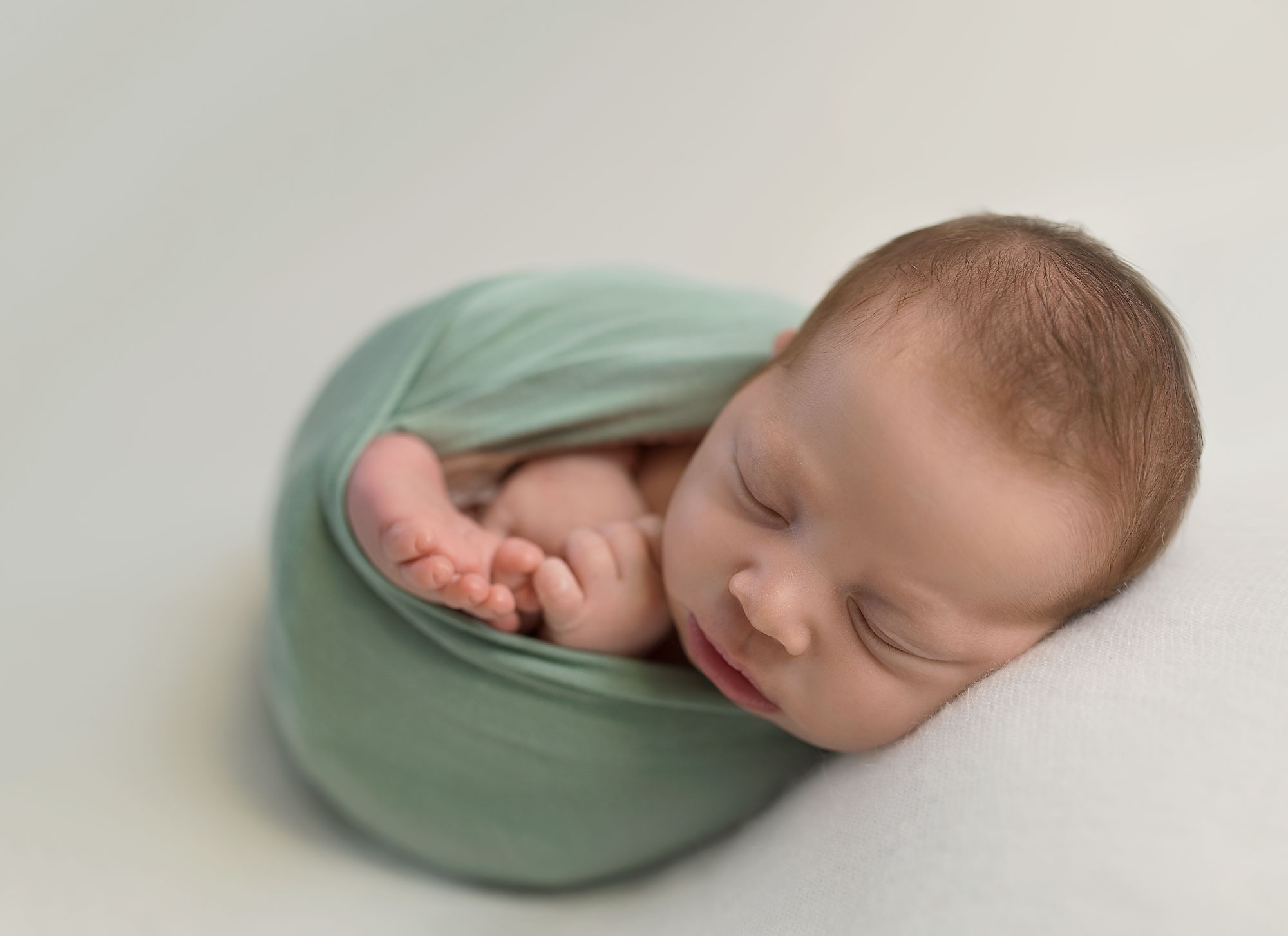 Peas in a Pod by Karin Nagel Newborn Photographer Perth