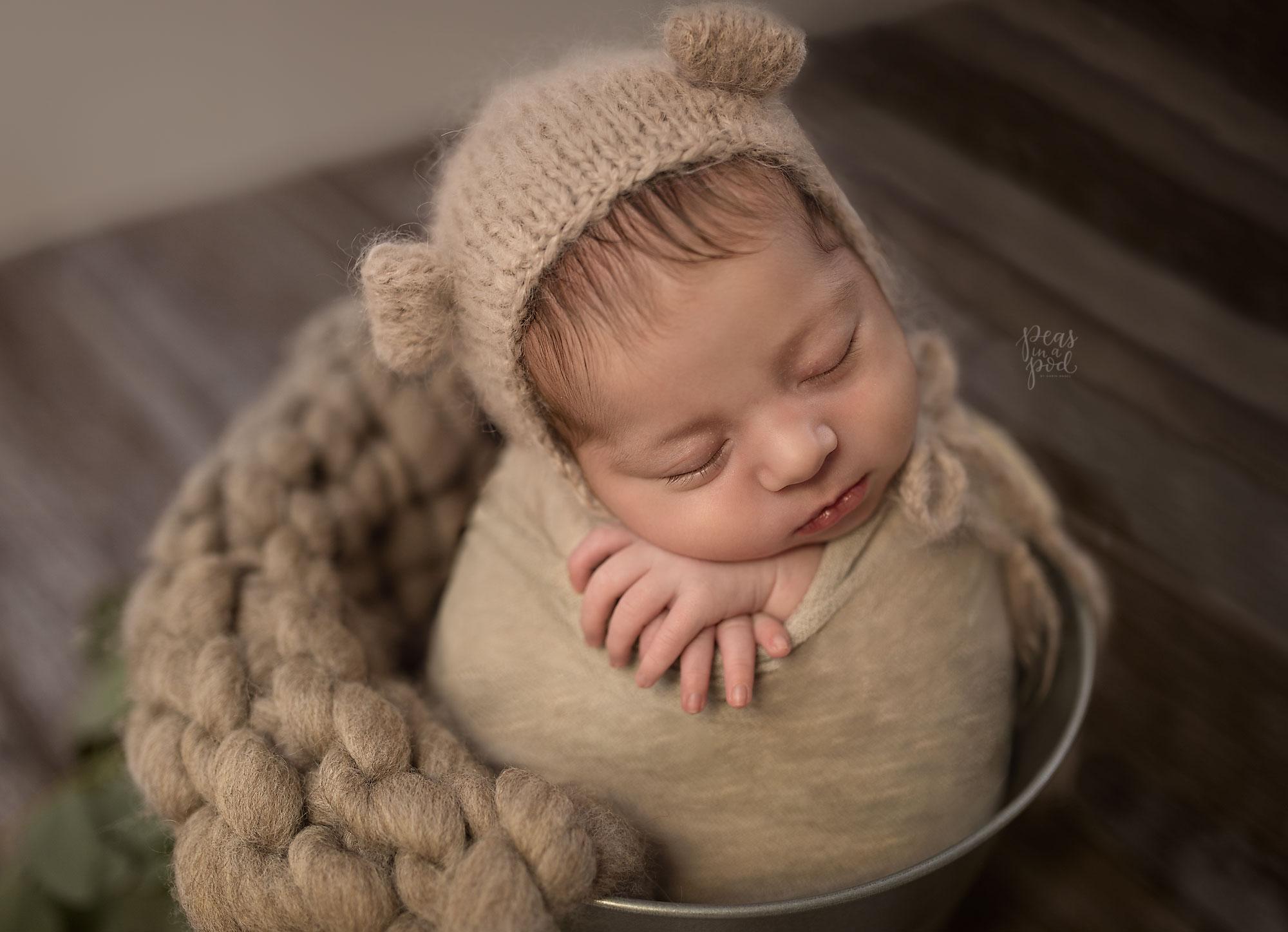 Newborn baby family photographer Fremantle Perth l