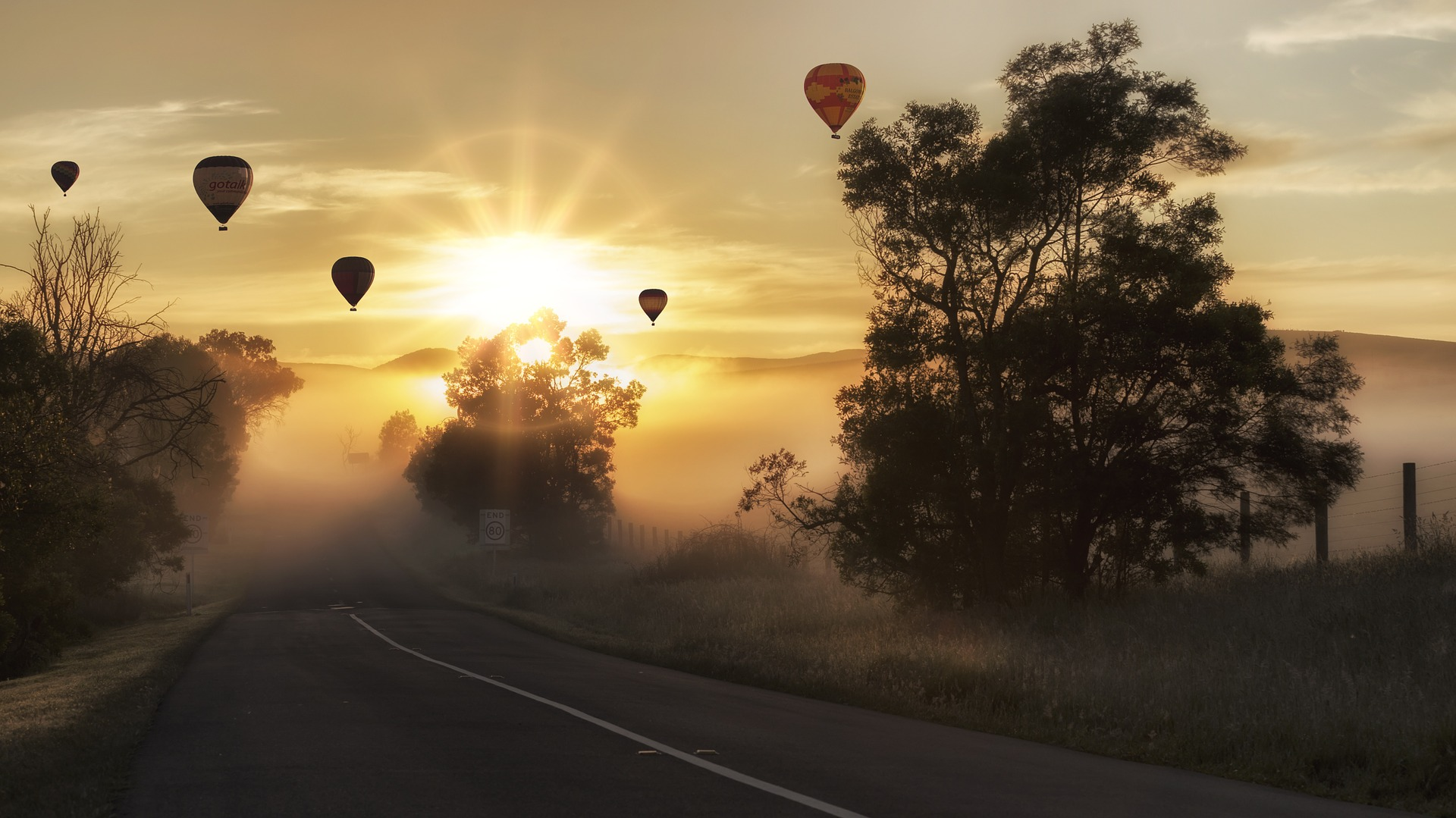 air balloons.jpg