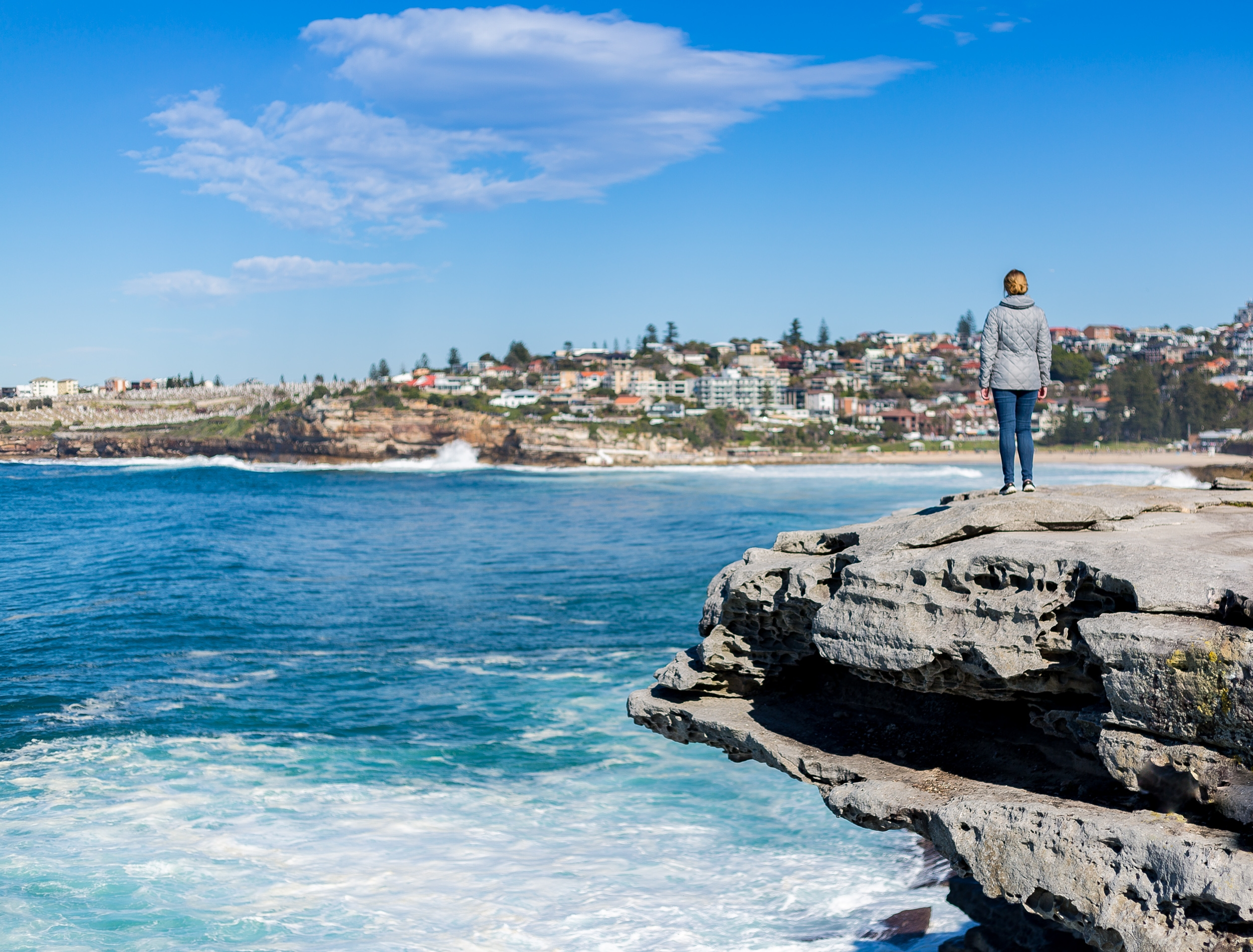 Cheap things to do in Sydney: Bondi to Coogee walk