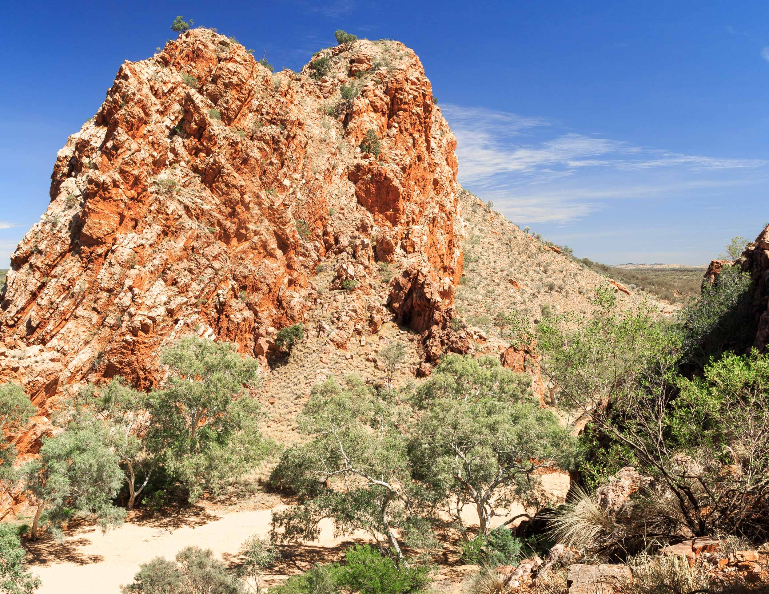 Things to do in Alice Springs: Emily & Jessie Gap