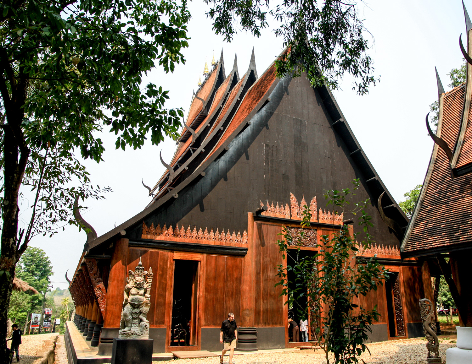 Black temple, best things to do in Thailand