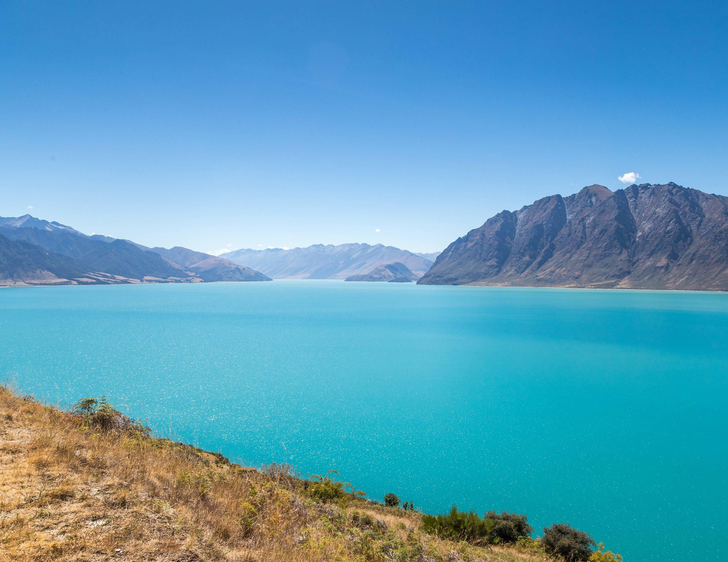 The stunning blues of Lake Hawea