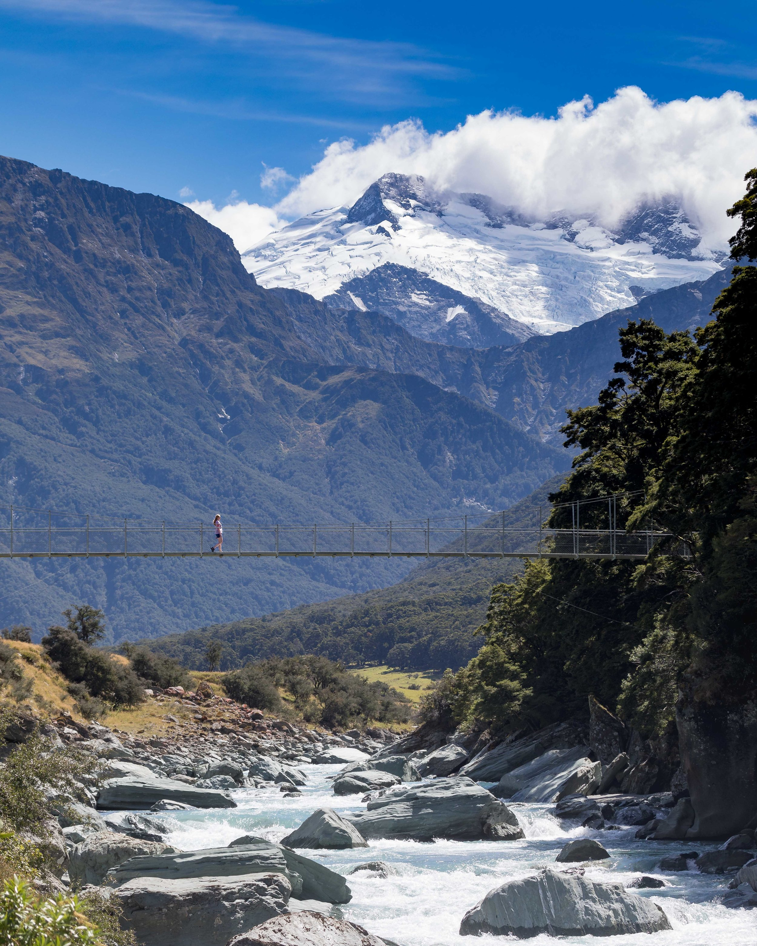 Instagrammable spots of New Zealand: Rob Roy Glacier Track
