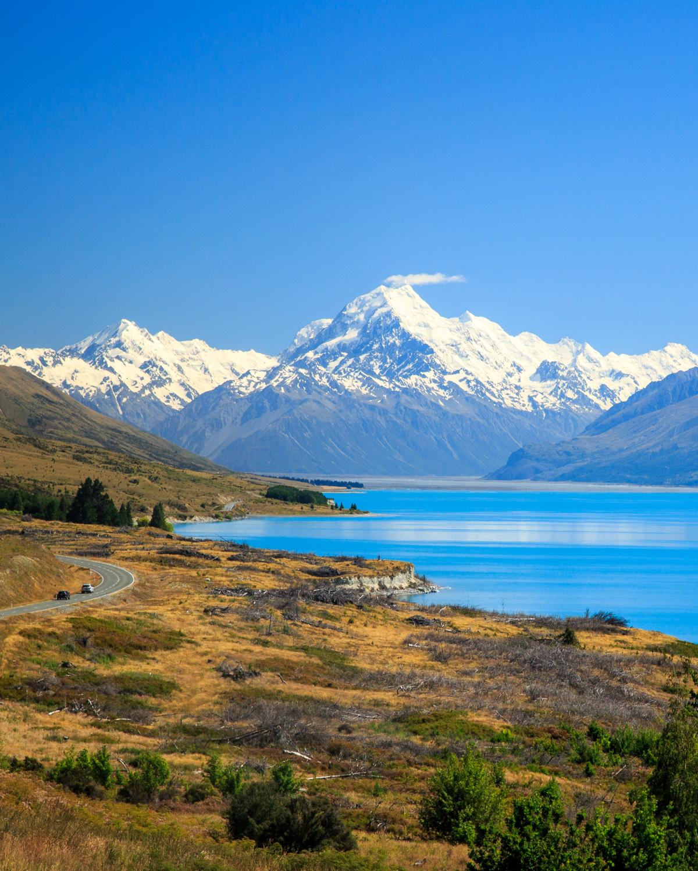 Instagrammable spots of New Zealand: Highway 80, Mount Cook Road