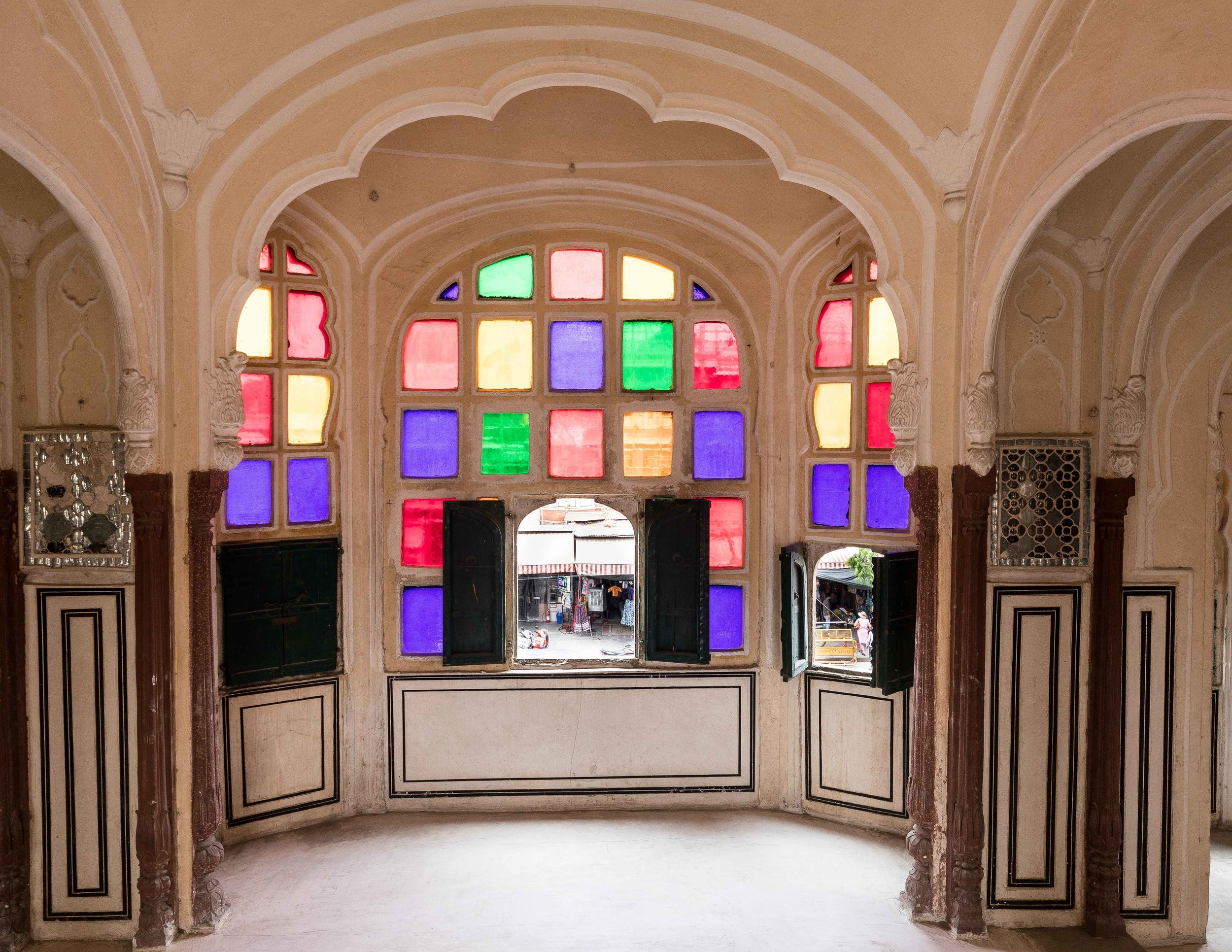 Places to visit in Jaipur - Hawa Mahal