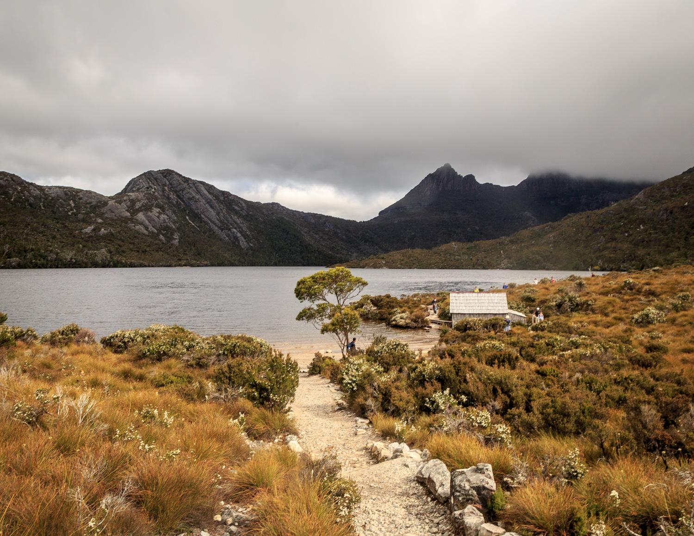 Two weeks Tasmania Itinerary: Dove Lake