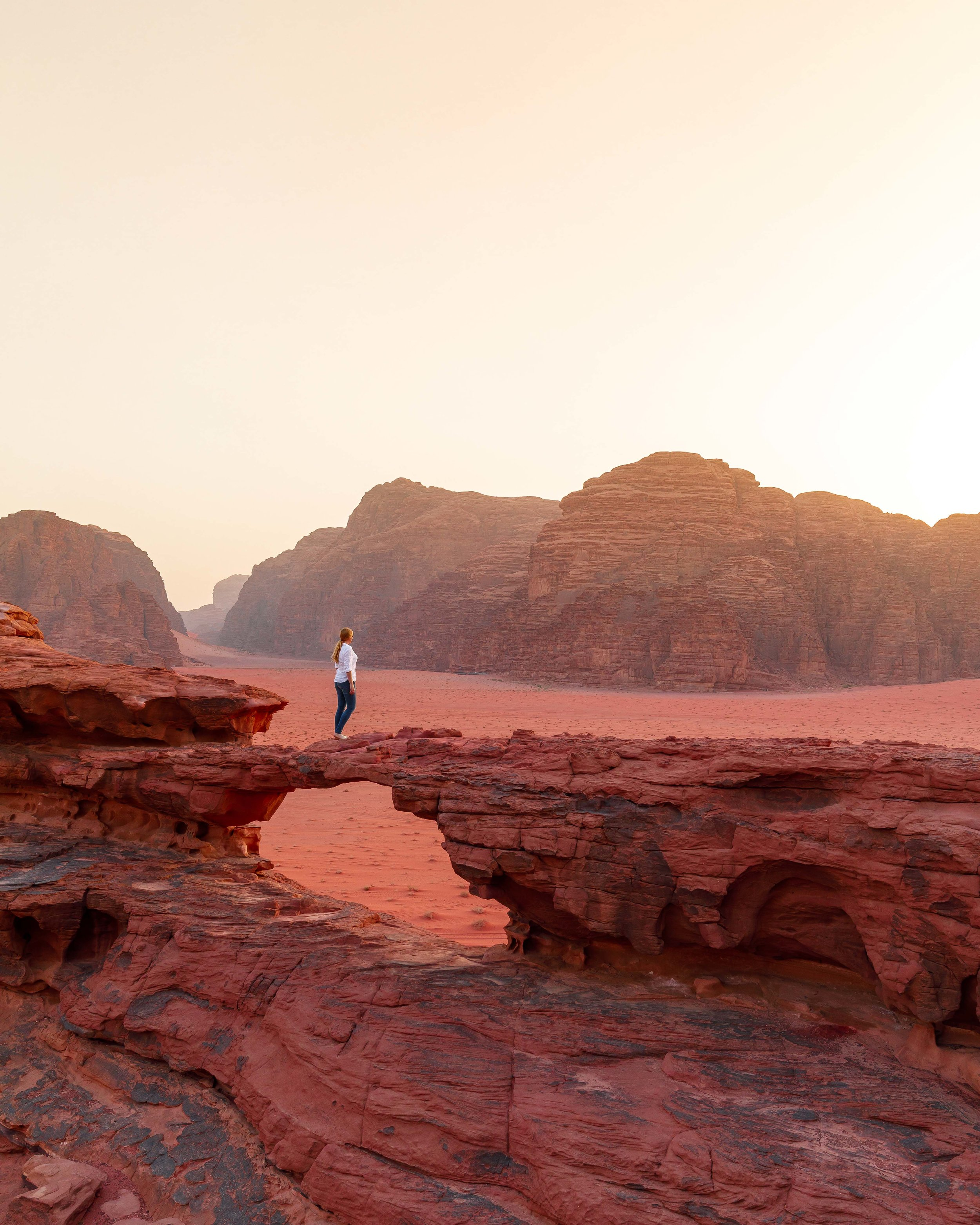Instagrammable spots in Jordan - Little Rock Bridge, Wadi Rum