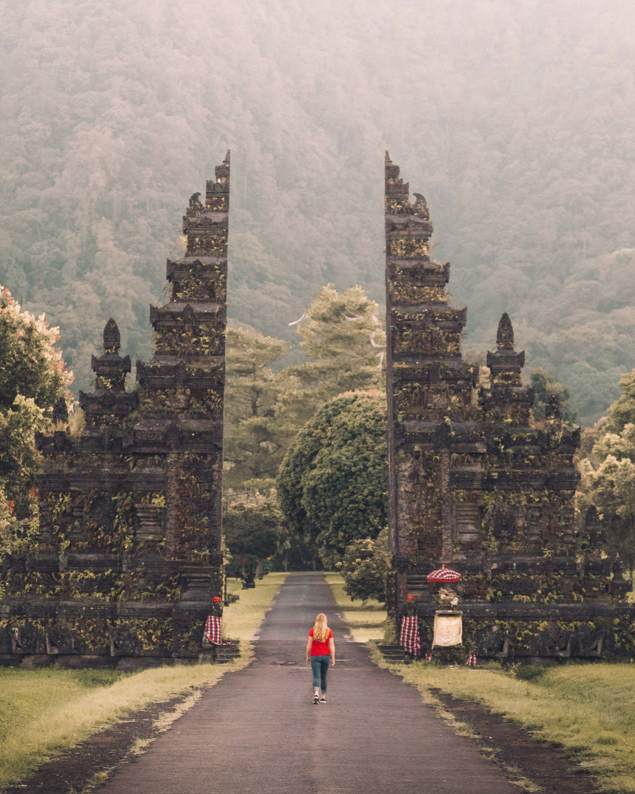 7 day Bali itinerary for instagrammers: Handara Gate