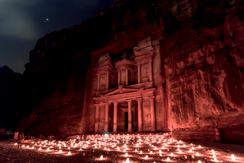 Must-see places in Jordan - Petra By Night