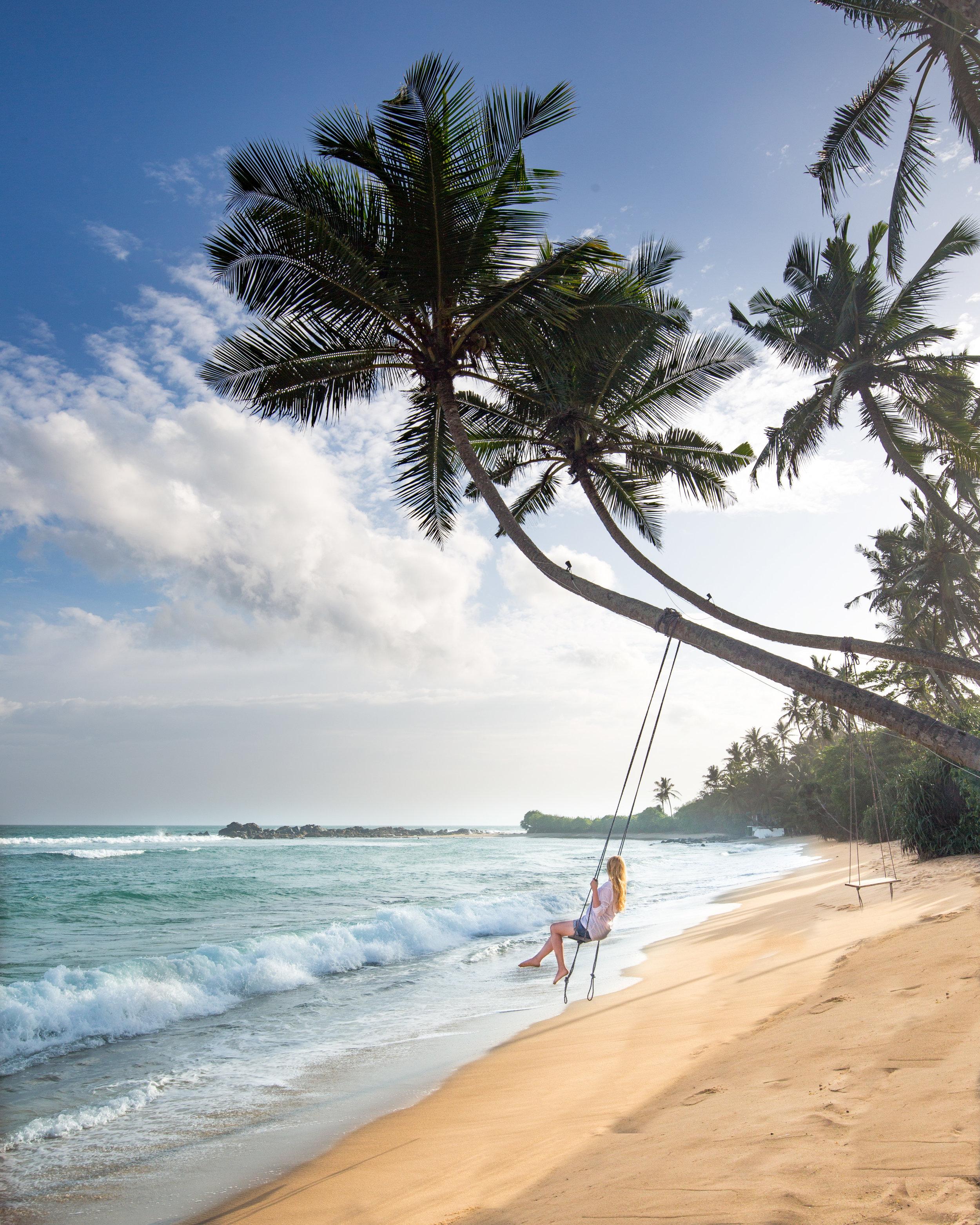 Instagrammable spots in Sri Lanka: Mahi Mahi Beach Swing