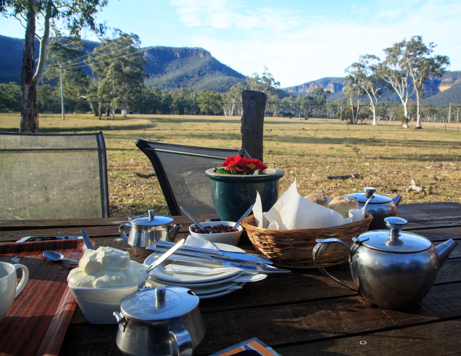 Blue Mountains day trip - Megalong Valley tea room