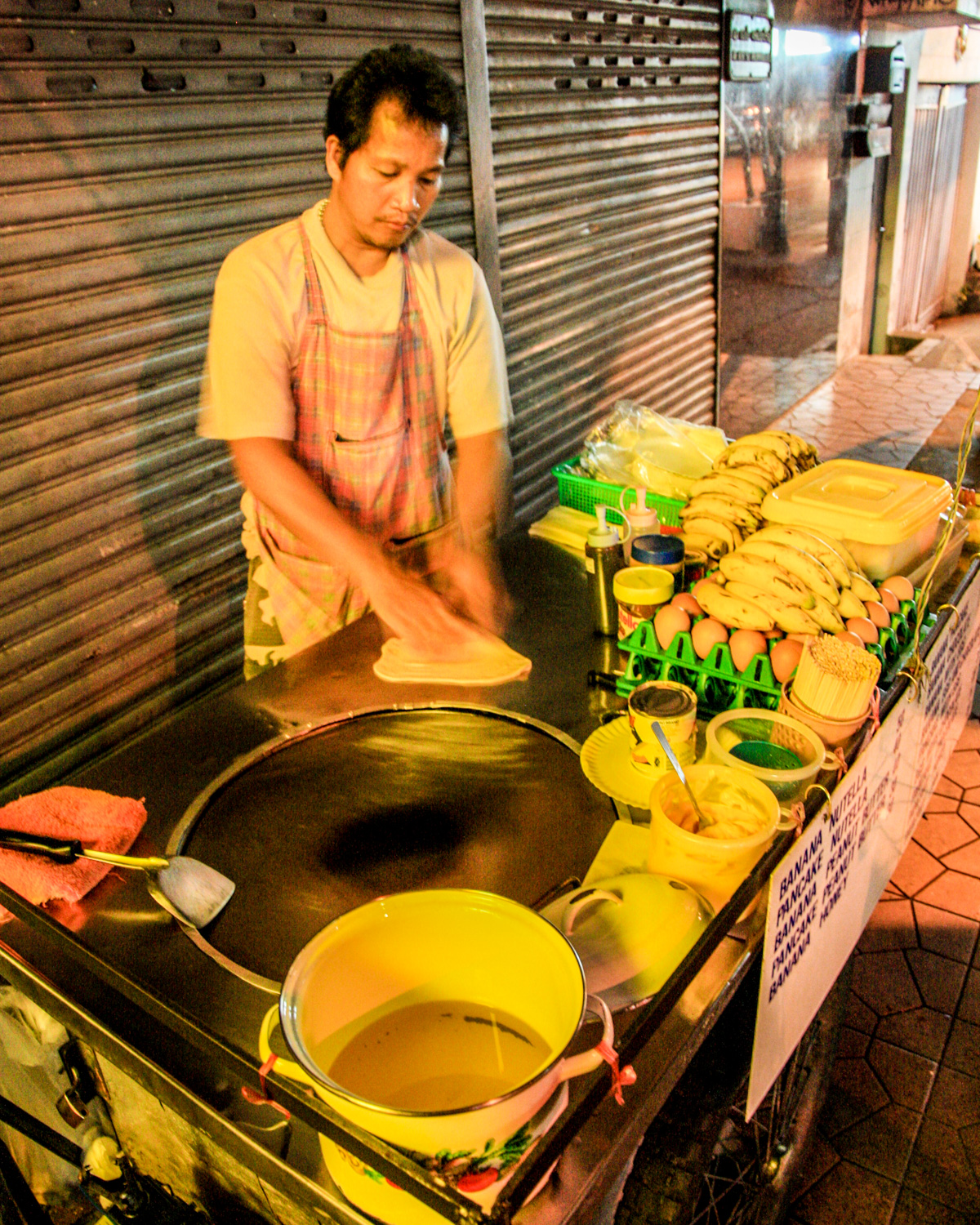 Street food in Bangkok - Banana Chocolate Roti