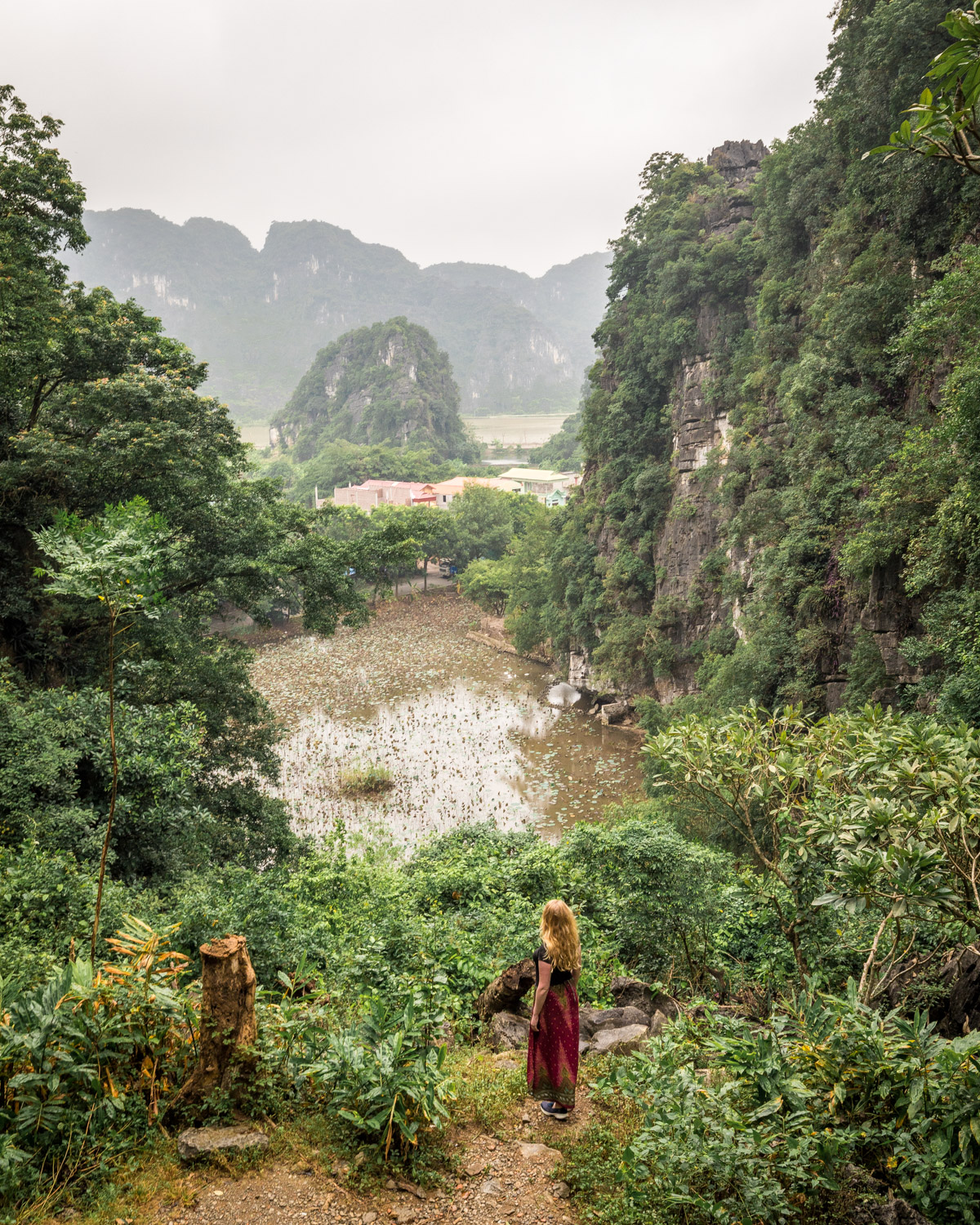 The view of the mountains from Bich Dong Pagoda, Tam Coc