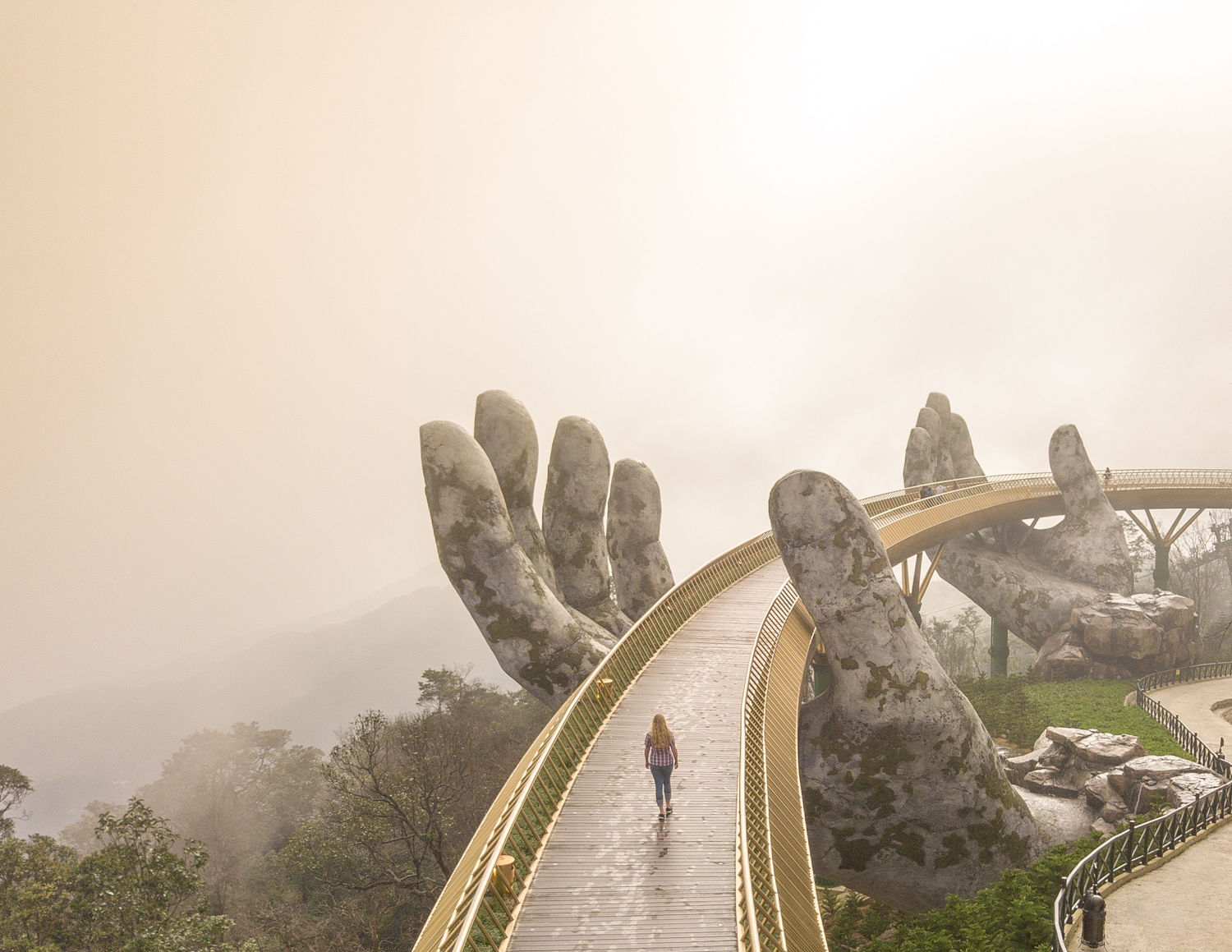 Golden Bridge at Sun World, Ba Na Hills