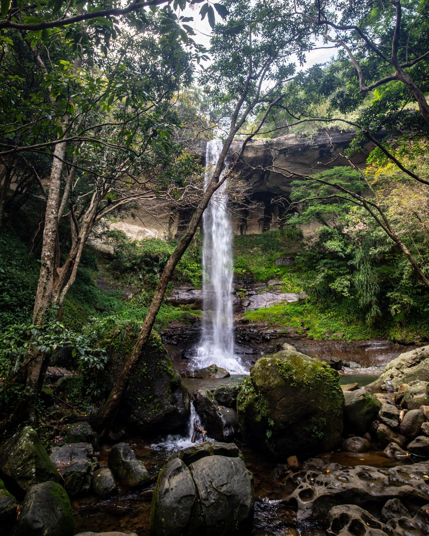 Pipa Cave Waterfall: Sandiaoling Waterfall Trail