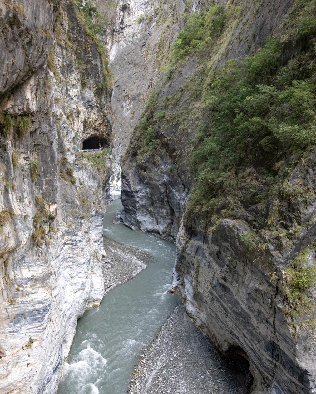 Taiwan Itinerary 7 days - Swallow Grotto in Taroko Gorge