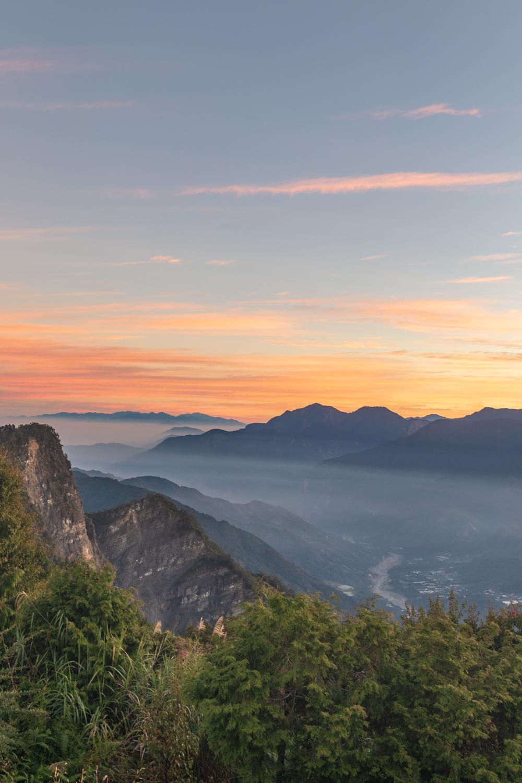The stunning sunrise at Alishan