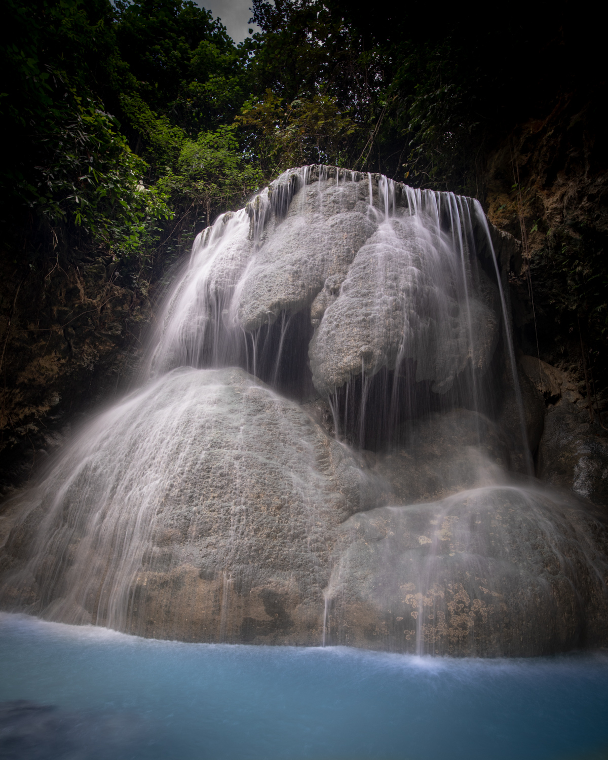 The top of Aguinid Falls