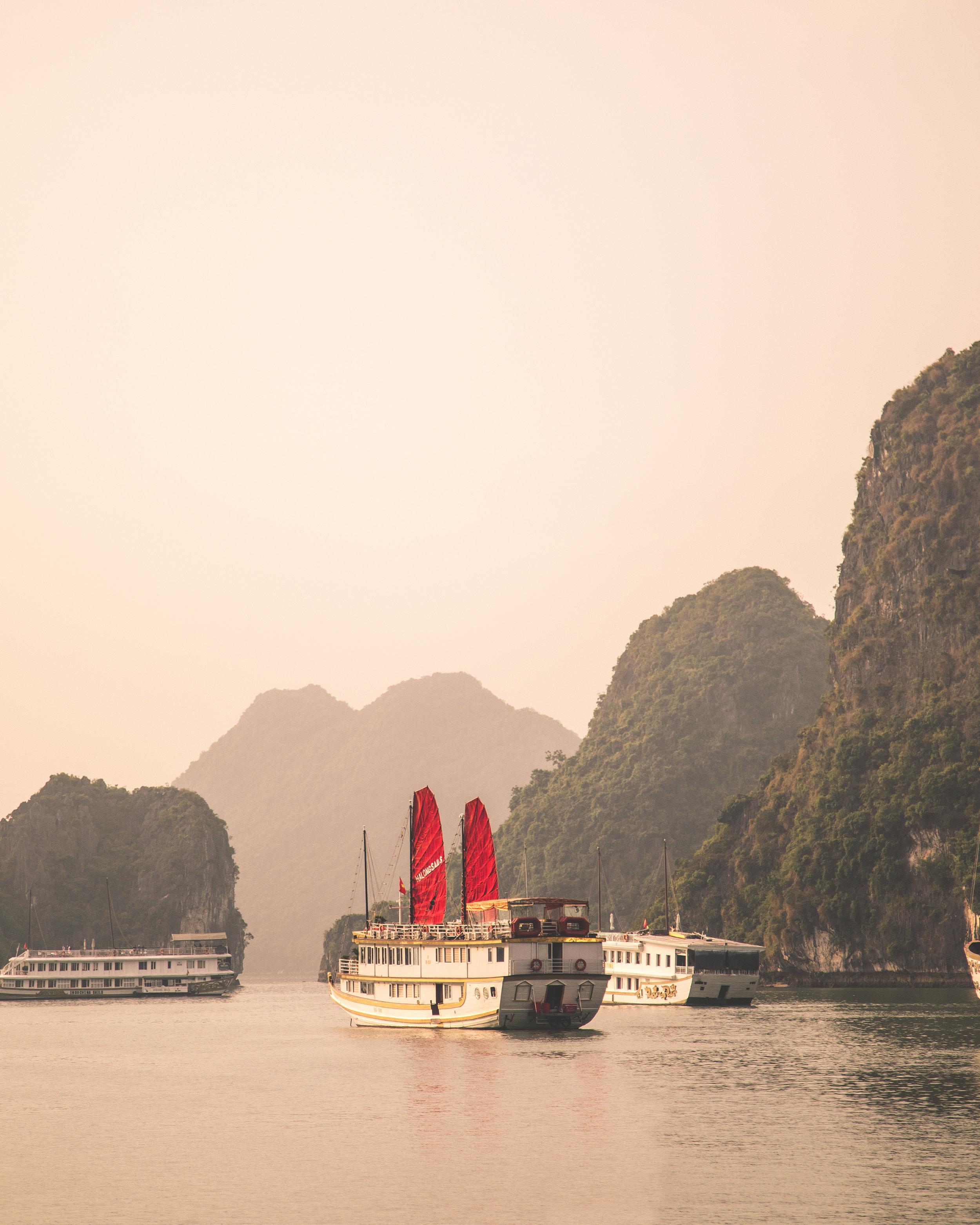 Cruising through the beautiful Halong Bay