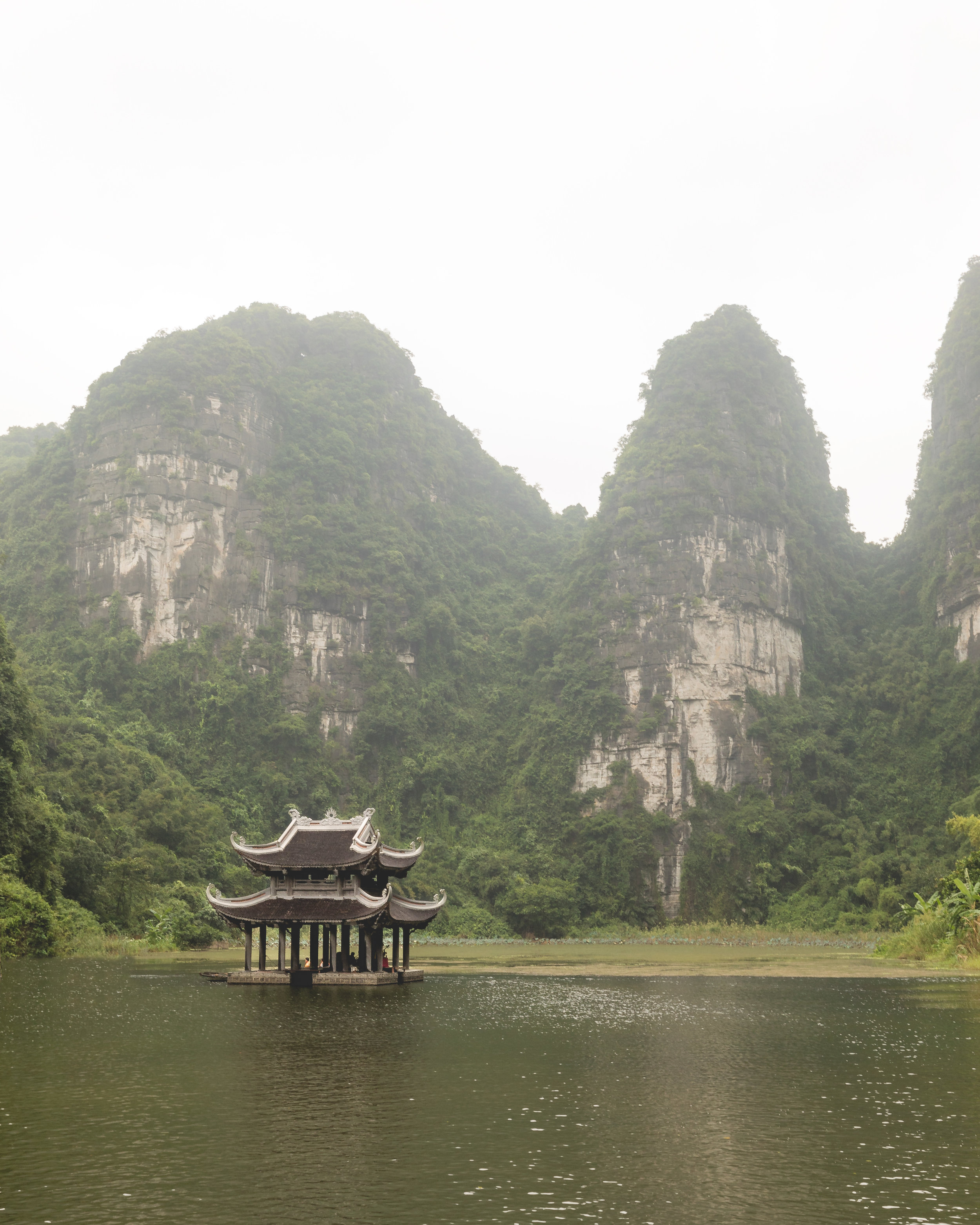 A pagoda in the beautiful Trang An